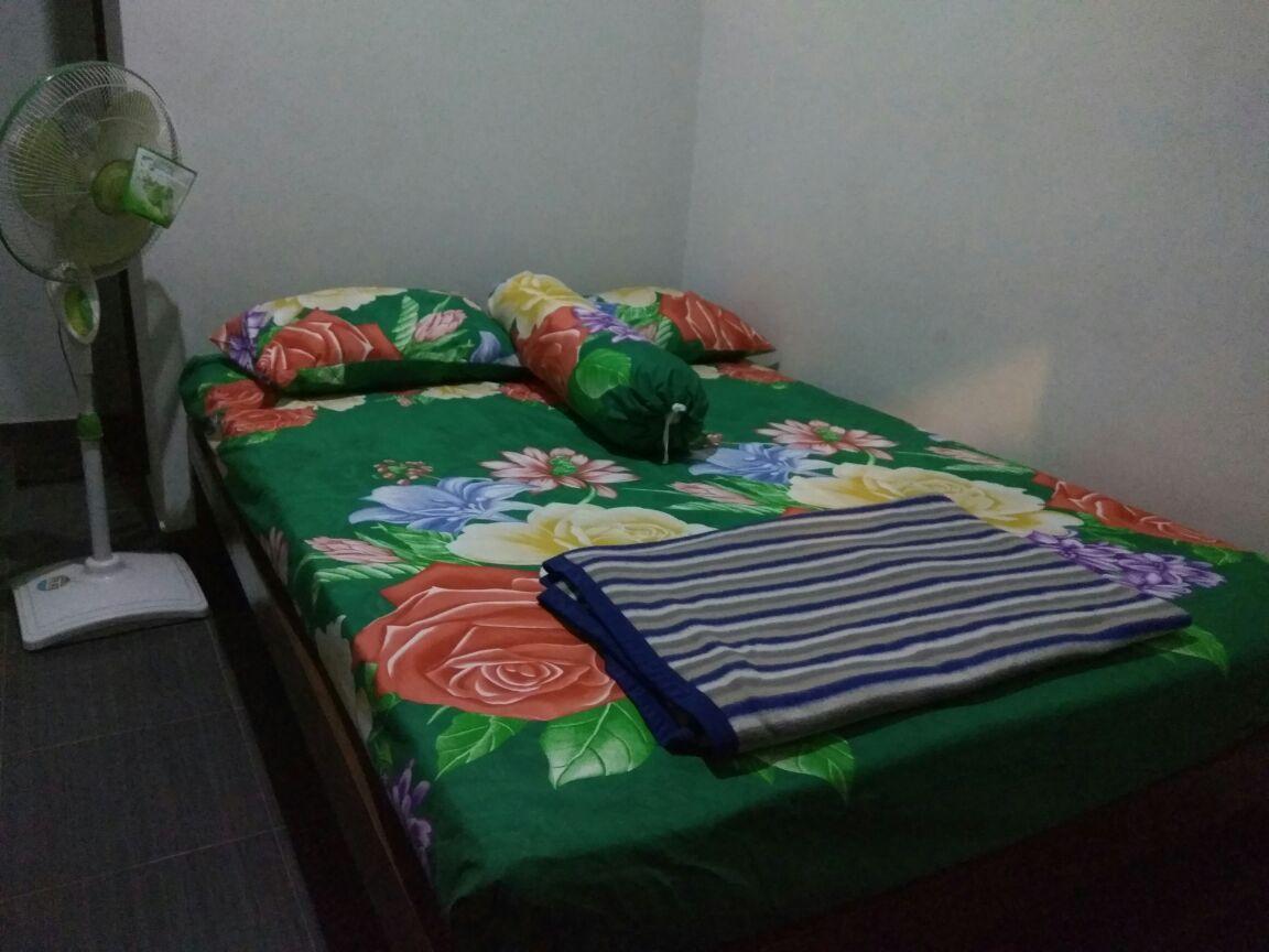 Homestay Tembi   Standard Private Bath With Fan 12