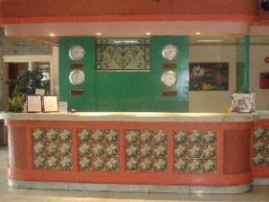 La Fiesta Hotel