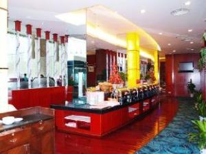Lotus Huatian Hotel