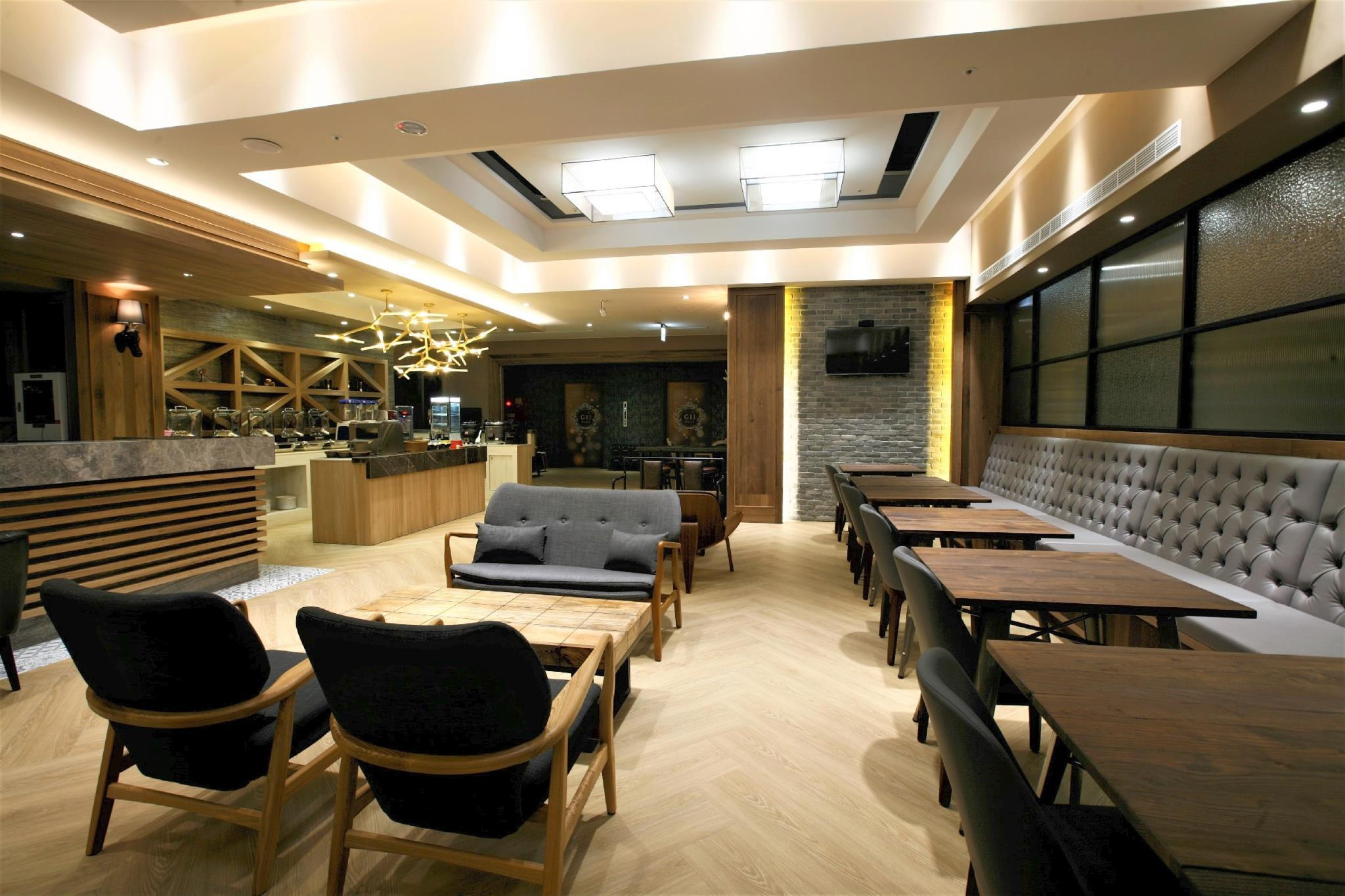 G11 Hotel