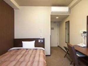Hotel Route Inn Mitsukaido Ekimae