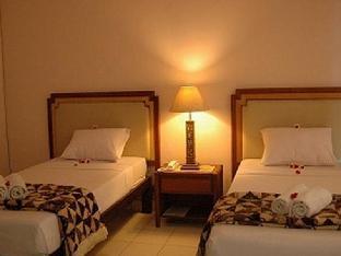 Cempaka Lovina Hotel