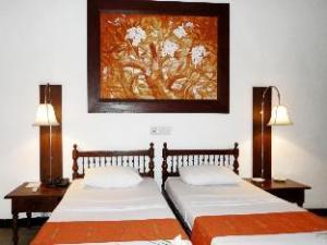 코갈라 비치 호텔  (Koggala Beach Hotel)