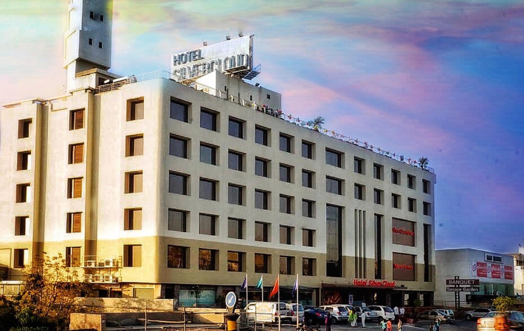 Hotel Silver Cloud