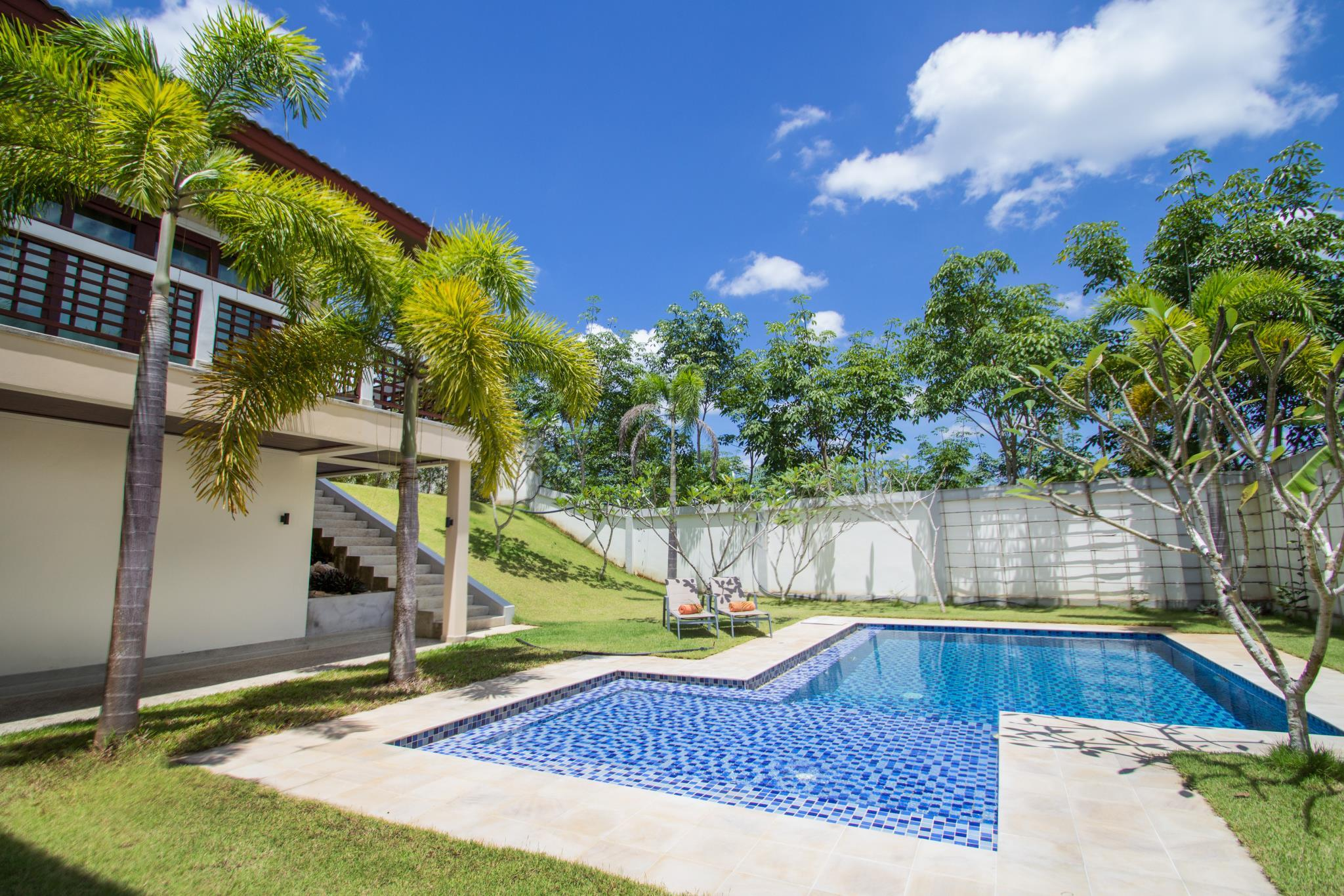 Review Aonanta Pool Villa