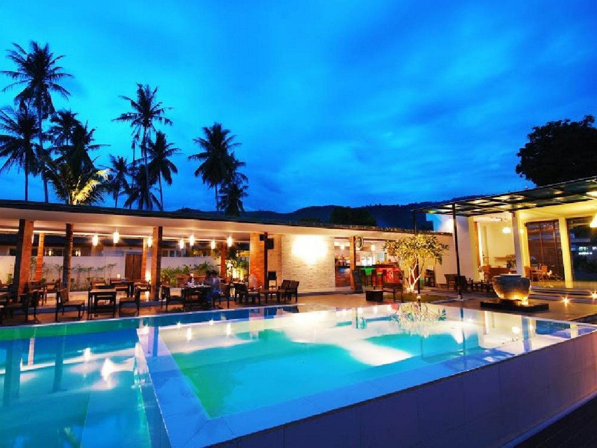 The Living Pool Villas เดอะ ลิฟวิ่ง พูล วิลลาส์