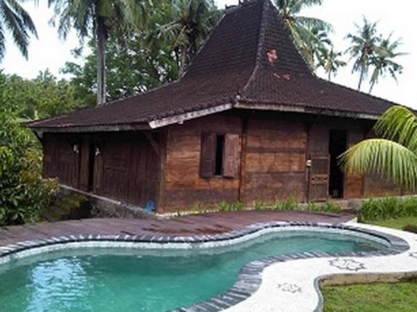 Sinar Matahari Hotel Bali