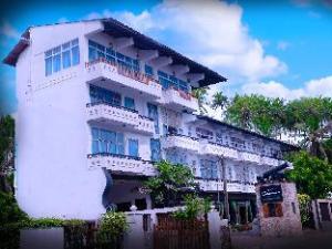 Sanmira Renaissance Hotel