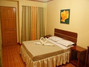 picture 2 of Gloreto Guest House