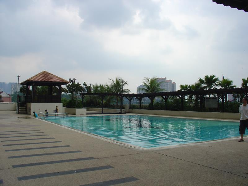 Duta Hotel And Residence