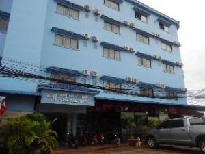 セントラル ホテル (Central Hotel)
