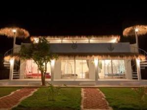 Tiewmaprao Ao Pran Resort