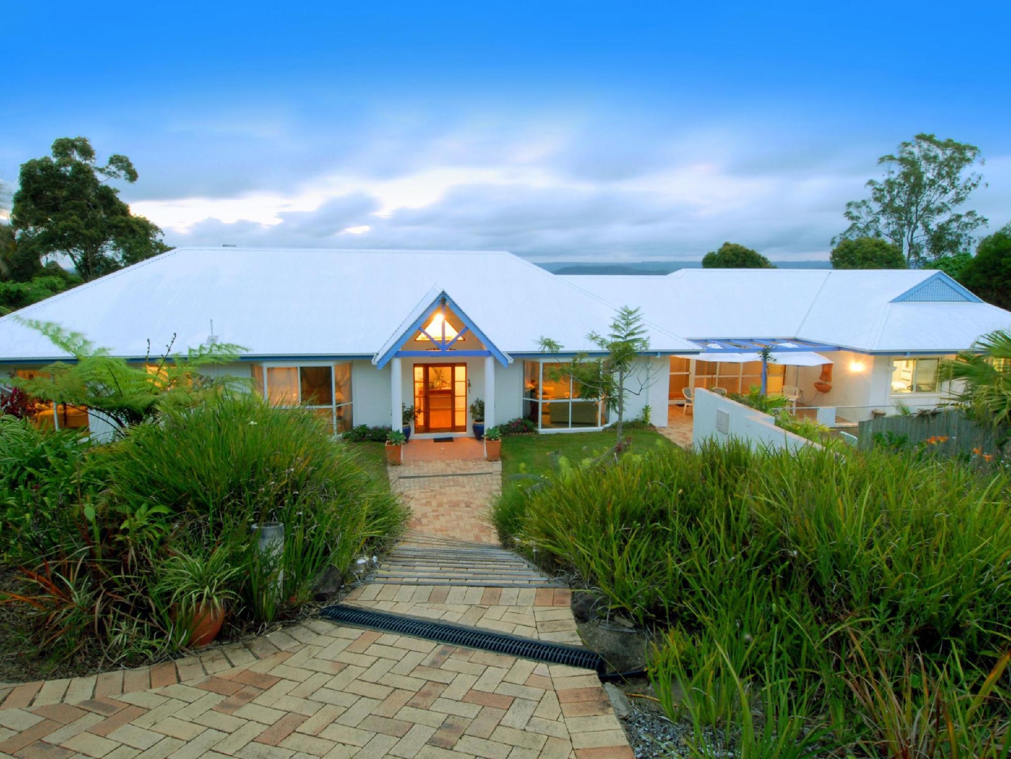 Ninderry Manor Luxury Retreat