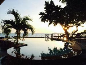 阳光悬崖度假村 (Suncliff Resort)