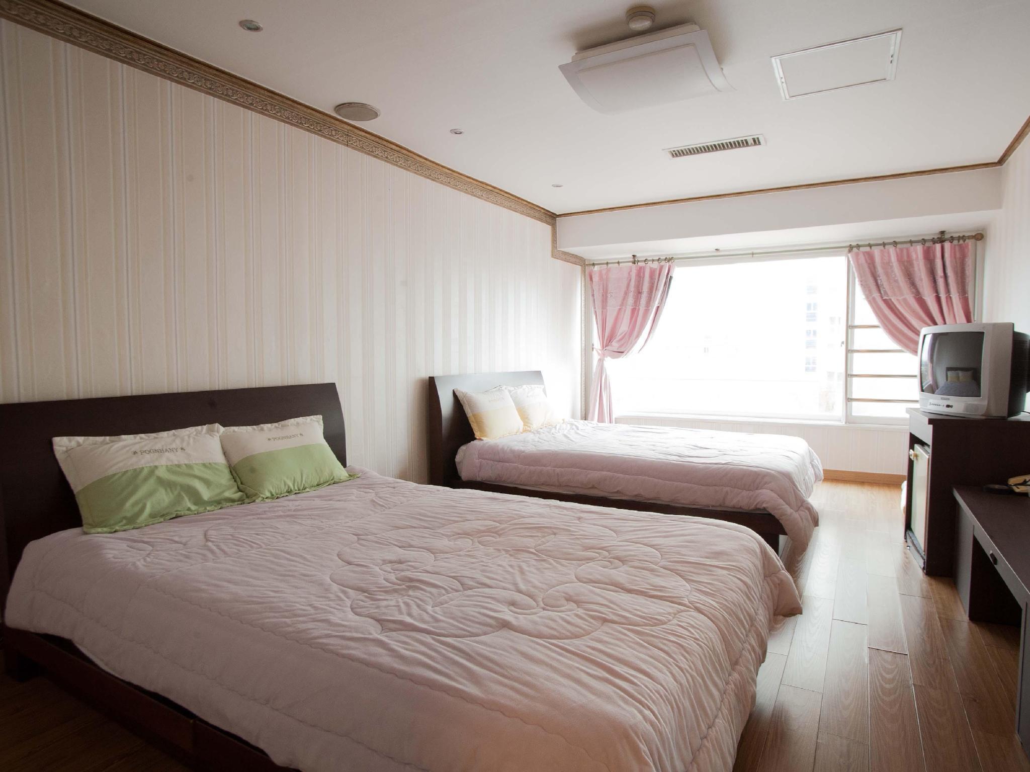 Gyeongju Tourist Hotel