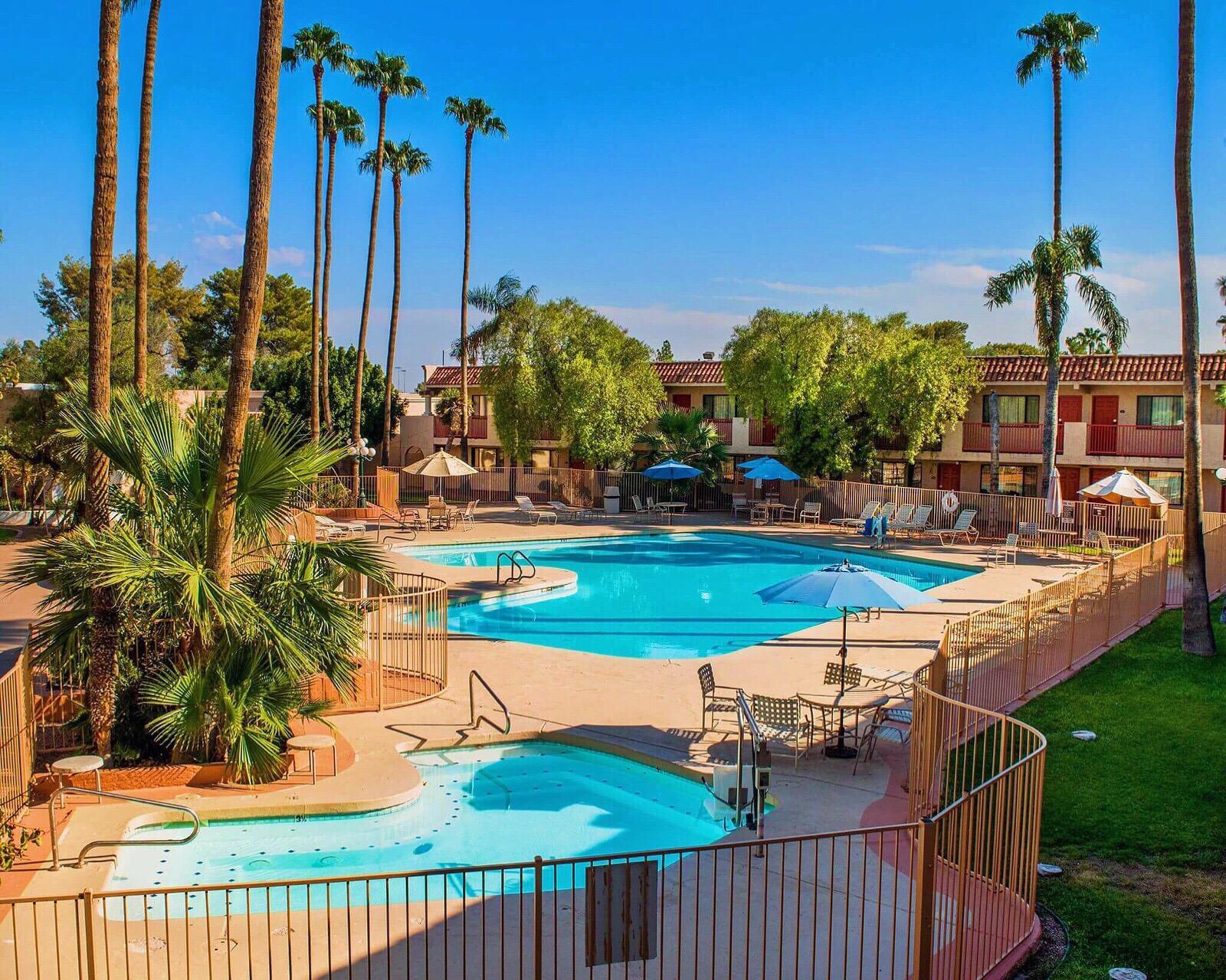 Dobson Ranch Inn & Suites LLC