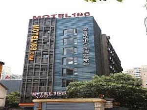 Motel 168 Shanghai Xujiahui South Wanping Road Branch