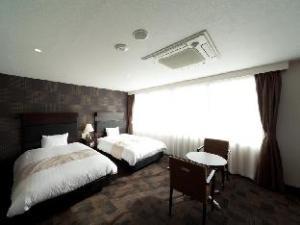 โรงแรมซันไลน์ ฟูกูโอกะ ฮากาตะ-เอกิมาเอะ (Hotel Sunline Fukuoka Hakata-Ekimae)