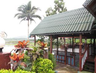 Songkhalia Resort - Sangkhla Buri