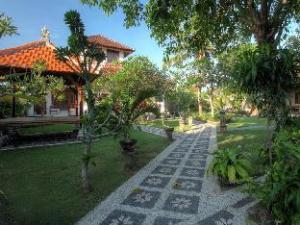 關於普利孥紗平房飯店 (Puri Nusa Bungalow)