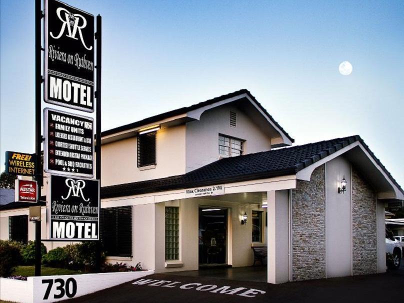 Riviera On Ruthven Motel