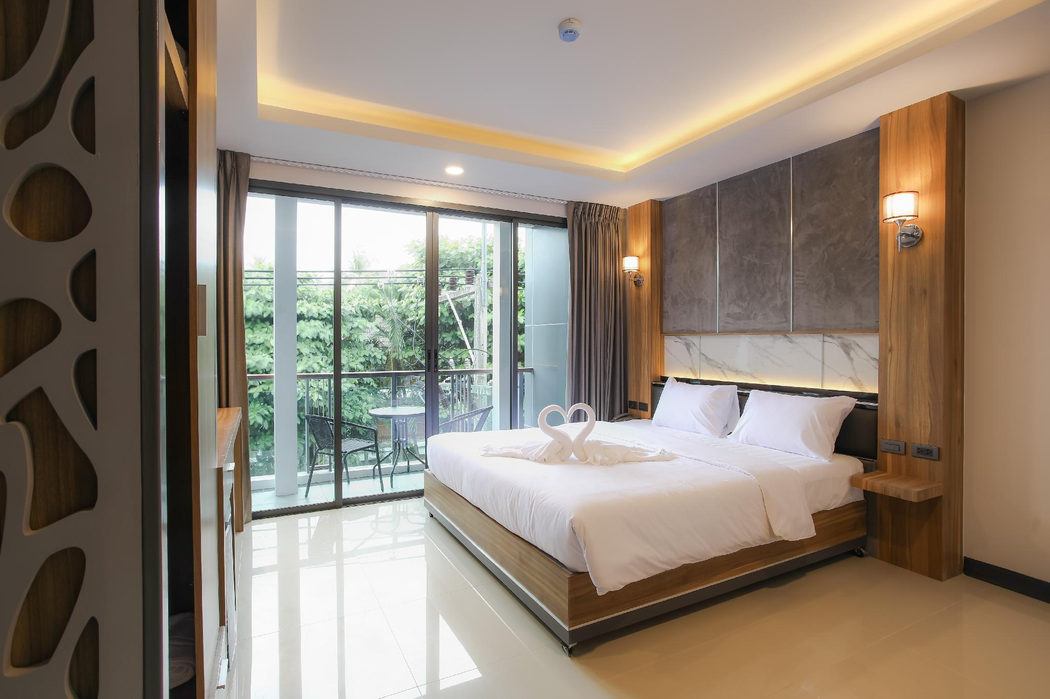 THE MANTRA HOTEL
