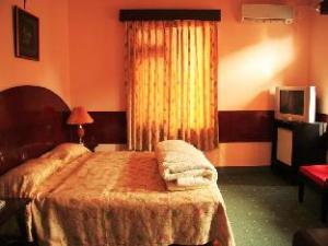 關於沙克蒂飯店 (Hotel Shakti)