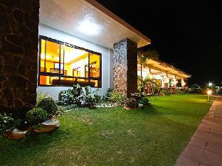 picture 1 of La Suena Brisa Beach Resort and Events Place