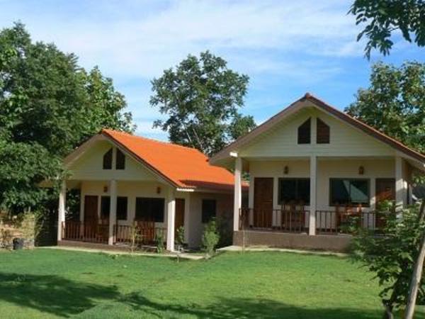 Puan Pai View Hotel Pai