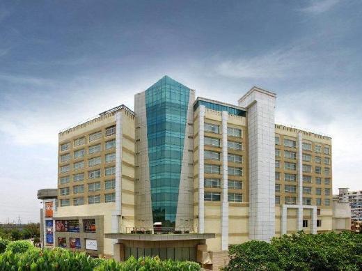 Mahagun Sarovar Portico Suites Hotel