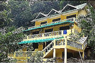 Island Lodge ไอส์แลนด์ ลอดจ์