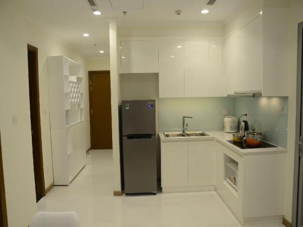 Smiley Vinhomes  - Pool 2BR Condo with City View Ho Chi Minh City
