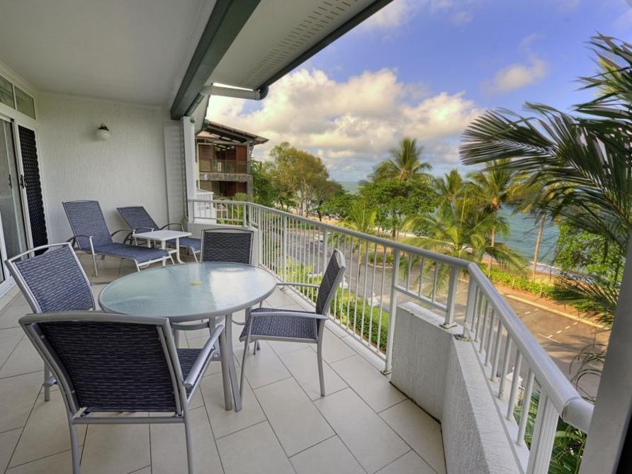 Costa Royale Trinity Beach Apartments