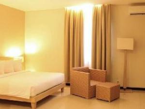 明古鲁桑蒂卡酒店 (Hotel Santika Bengkulu)