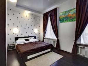 Ra Ligovsky 87 Hotel