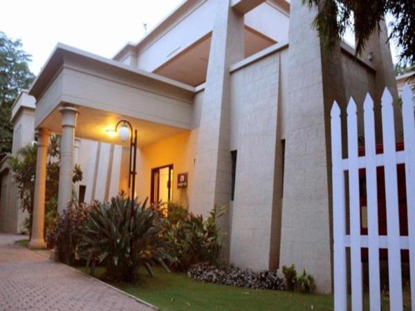Oxford Suites & Rooms Pune