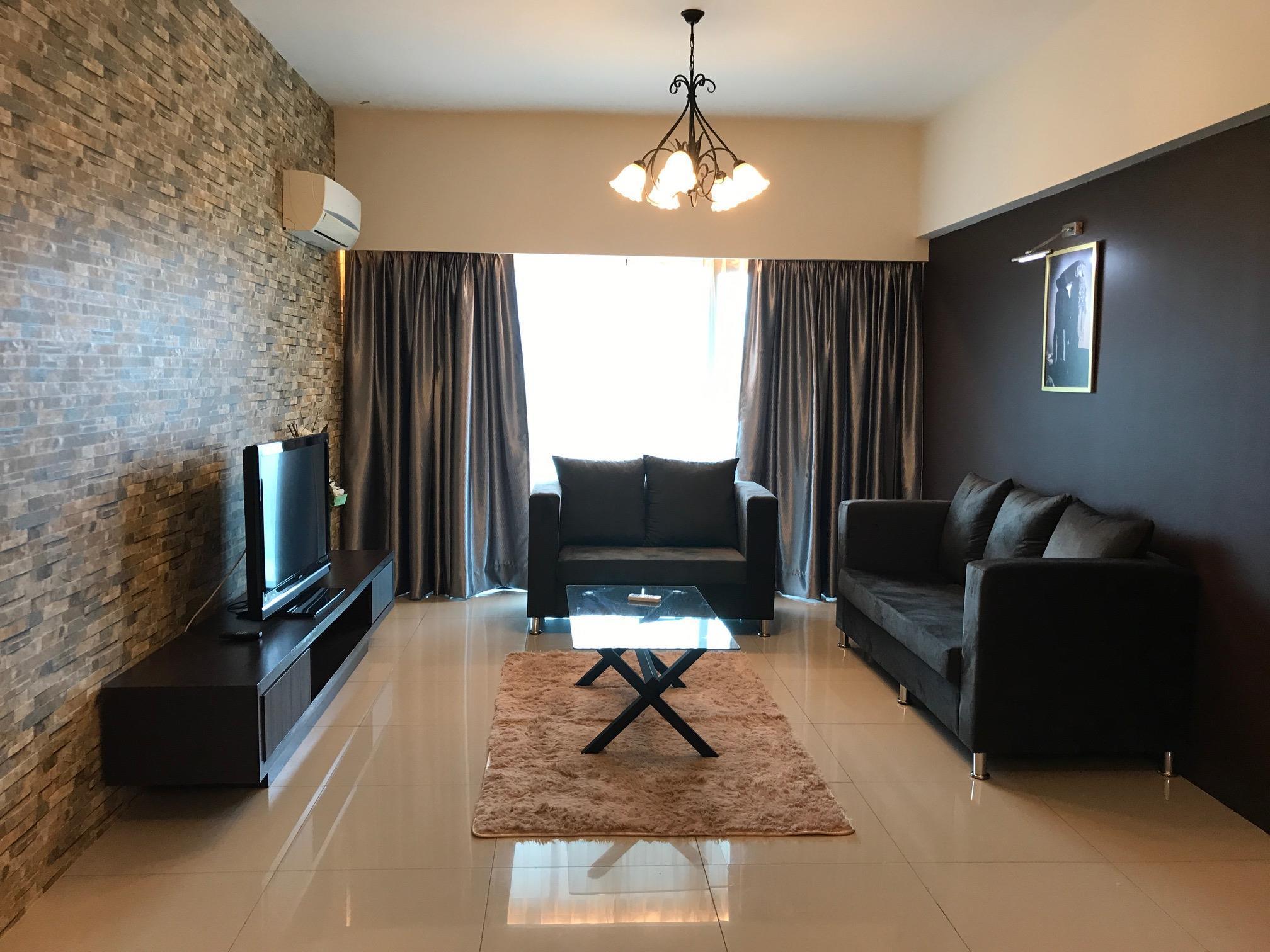Kinta Riverfront Suites 1