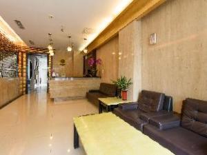 Harbor Elite Hotel