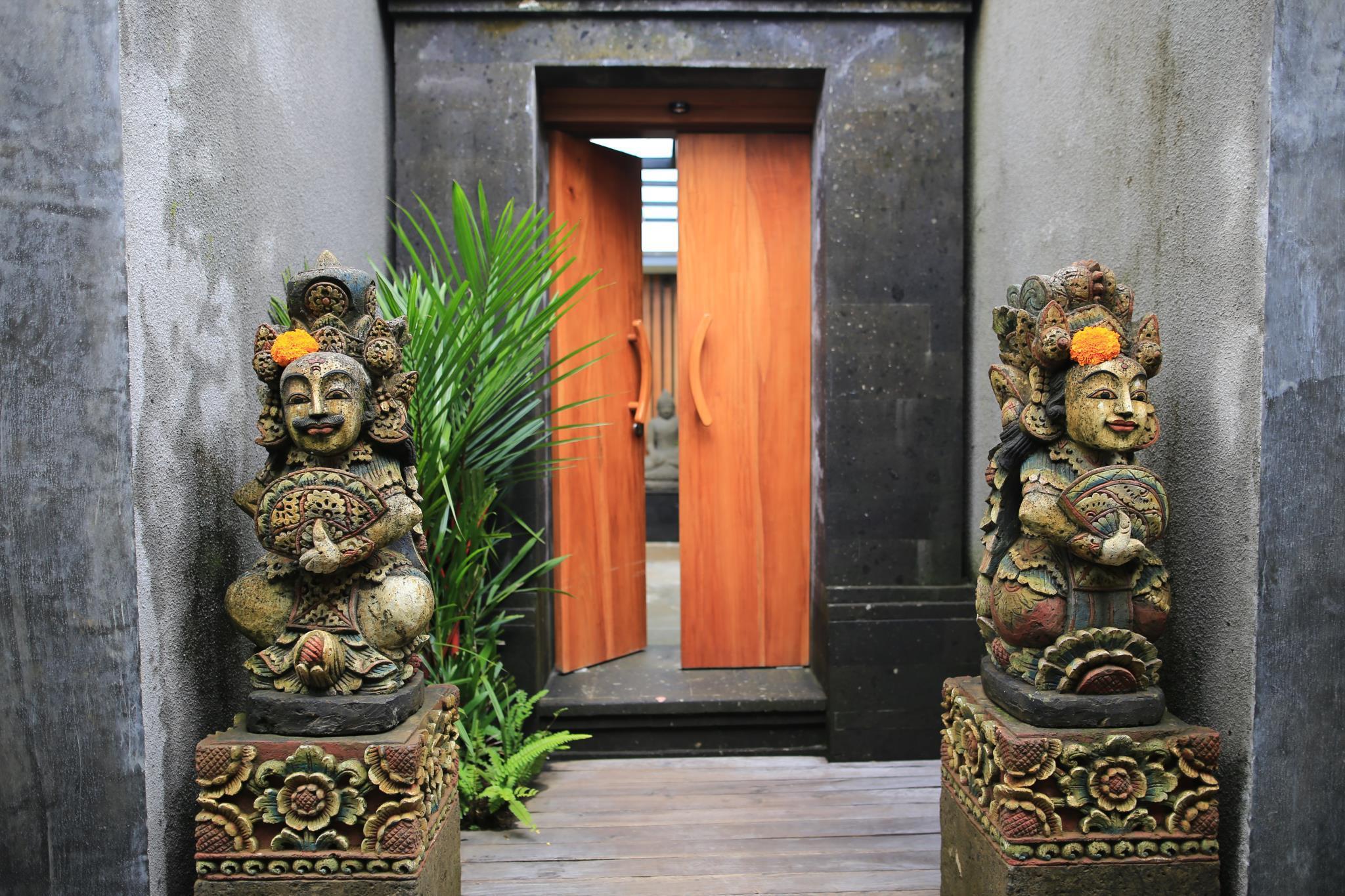 Ume Sri Villas
