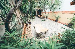 Hillside Homestay Hue - Em Room with Balcony