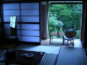 關於石場旅館 (Ishiba Ryokan)
