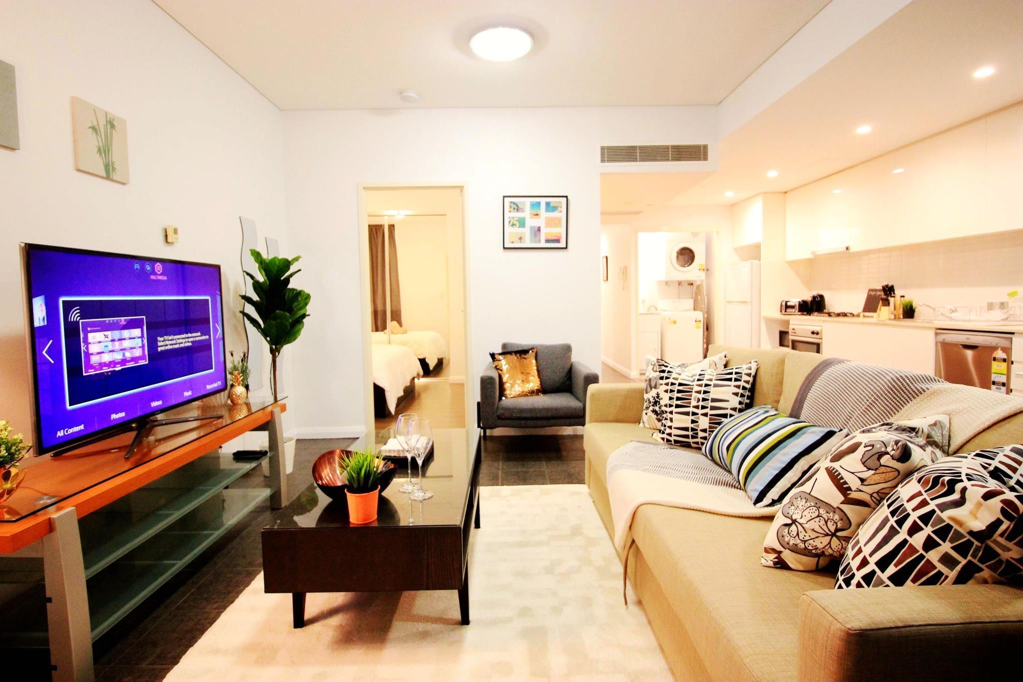 Spacious Apartment Central Location