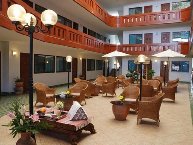 โรงแรมตะวัน คอร์ท – Tawan Court Hotel