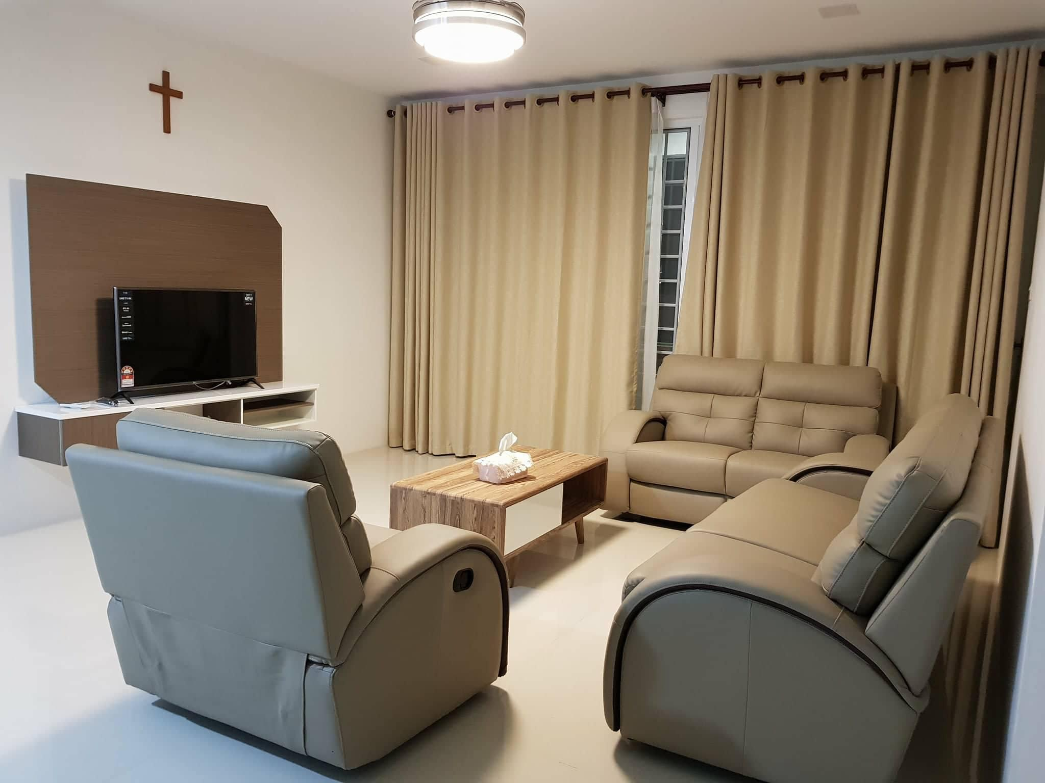 YOUR HOME  3 BEDROOMS SECURITY GATED APARTMENT