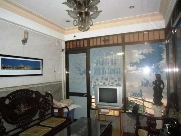 Xuan Truong Hotel - Cong Hoa street Ho Chi Minh City