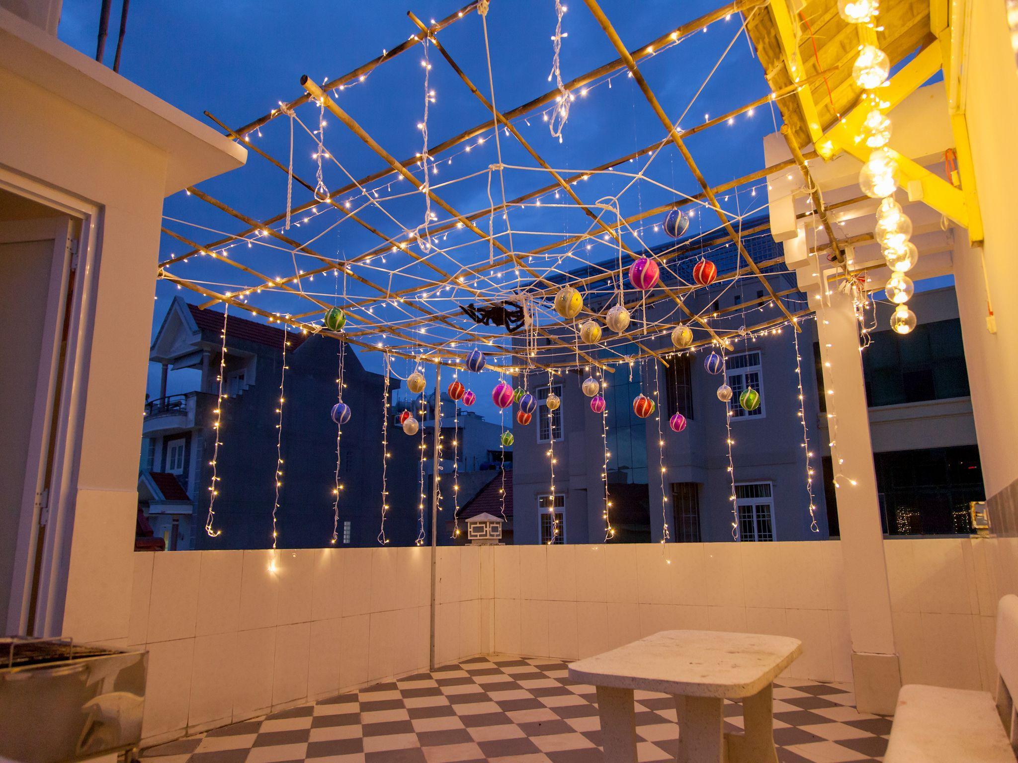 Tran Duy  Light And Night Villa