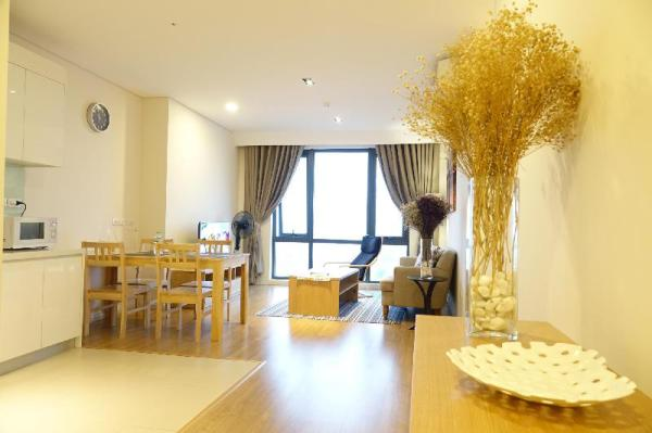 MODERN, Spacious with River View City Center Hanoi