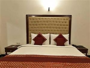 Lavanya Motel