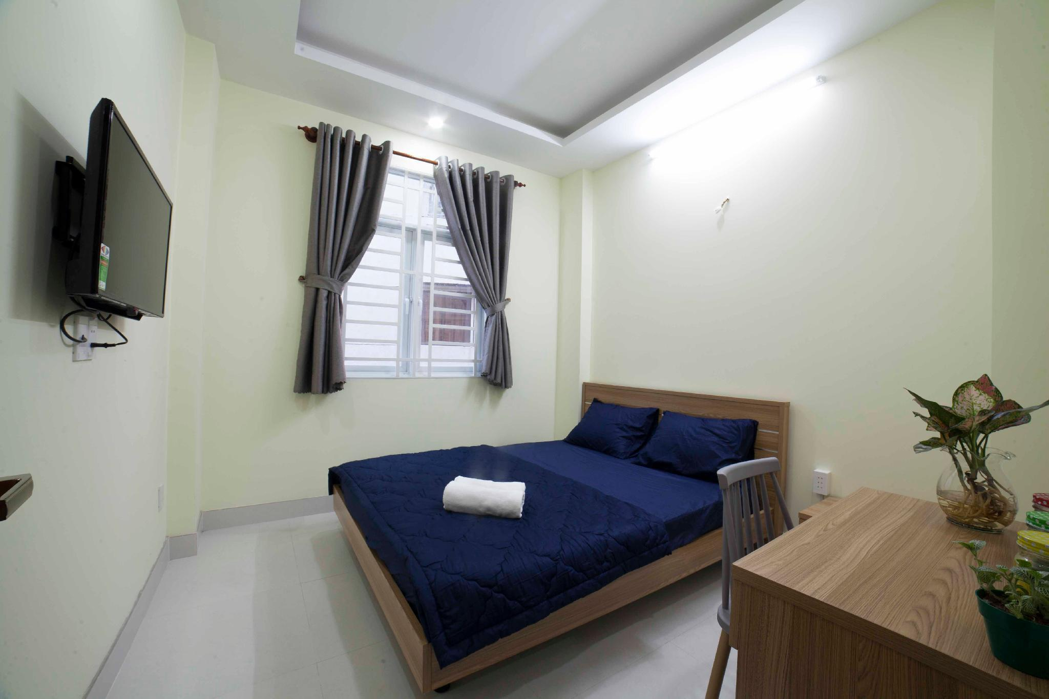 Deluxe Room With Big Windows At Masion Hometel 2