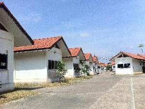 ชุมพร พาร์ค รีสอร์ท (Chumphon Park Resort)